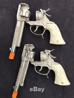 SMOKY JOE Cap Guns and Holster Set, with 3-bullets by Leslie Henry