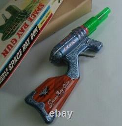 SPACE RAY GUN YOSHIYA Vintage Toys Friction Gun Rare Japan 1960's UNUSED FedEx K