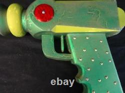 Spectacular Vintage Wooden Toy Ray Gun Counter Display Trade Sign Ca. 1950's