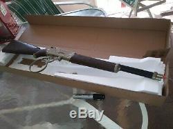 THE RIFLEMAN' (1958) TOY FLIP SPECIAL CAP GUN original owner see description