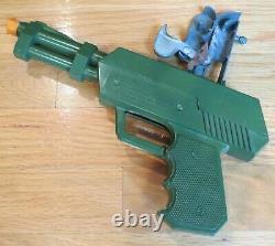 Topper Toys Johnny Seven O. M. A. Toy Gun = 7 Guns In One = Nmib = 1964 =