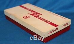 UNIQUE VINTAGE STALLION. 38 DUAL CAP GUN SET WithORIG DISPLAY BOX -UNFIRED-Ca 1960