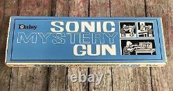 VERY RARE Vintage 1960s SONIC MYSTERY GUN Pop Rifle by Daisy No. 1916 NIB Toy