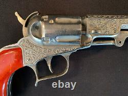 VINTAGE 1950 HUBLEY PIONEER TOY CAP GUN WithMarbled Grips Excellent
