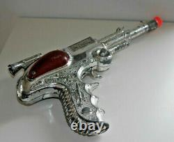 VINTAGE CHROME BCM SPACE OUTLAW ATOMIC PISTOL RAY CAP GUN 1950's RARE TOY
