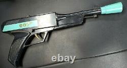 VINTAGE SCARCE JAMES BOND 007 PLASTIC REPLICA TOY CAP GUN Works HONG KONG