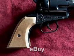 VINTAGE WJ MURPHY (NICHOLS) STALLION 45 cap gun, EXCELLENT & RARE