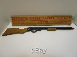 VINTAGE WYANDOTTE No. 45 SINGLE BARREL POP GUN CORK GUN EXCELLENT & WithBOX