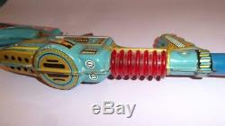 VTG ASTRO BOY MIGHTY ATOM SPACE GUN RIFLE TIN LITHO SPACE TOY TADA JAPAN 1960's