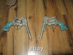 VTG Hubley Western 38 Turquoise Aqua Grips Cap Guns Bull Holster Rare Complete