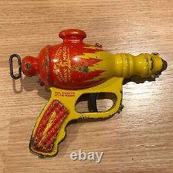 Vintage 1930s Buck Rogers Liquid Helium Water Pistol Space Toy Ray Gun Daisy