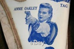 Vintage 1950's ANNIE OAKLEY TV SERIES GUN HOLSTER BELT on ORIGINAL DISPLAY CARD