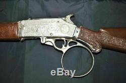 Vintage 1950's Chuck Connors The Rifleman Flip Special Rifle 33 Cap Gun