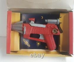 Vintage 1950s Remco SPACE GUN With Orig Box! Battery Operated Toy Ray Gun! WoW