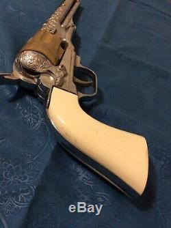 Vintage 1958 Hubley Colt 45 Cap Gun