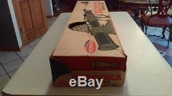 Vintage 1960's Remco Bazooka Rocket Gun With 4 Rockets Nice Box NMIB