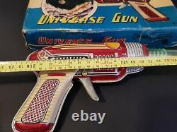 Vintage 1960s rare Universe Ray Gun space tin toy litho Japan NOS original box