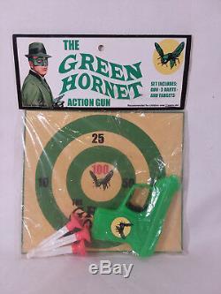 Vintage 1966 (1974) Green Hornet action gun Target darts Classic TV series RARE