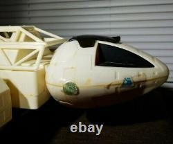 Vintage 1976 SPACE 1999 EAGLE 1 Spaceship Toy COMPLETE PLAYSET-STUN GUNS & BOX
