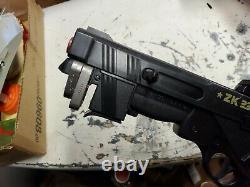 Vintage 1982 Edison Giocattoli Toy Gun Italy (ZK 235)