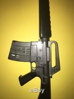 Vintage 60s MATTEL M-16 MARAUDER DIVISION TOY MACHINE GUN // WORKS // LOUD