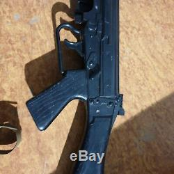 Vintage AIRFIX FN SLR RIFLE toy gun from the 70s