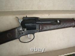 Vintage Colt 6 Shooter MATTEL TOY in VG Box Cap Gun Plastic Rifle Gun 1 OWNER