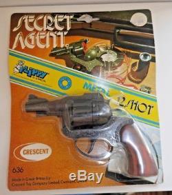 Vintage Crescent Toys Secret Agent Diecast Toy Gun Flippy Rare Mint On Card B359