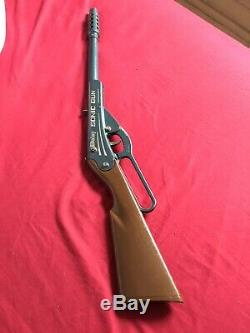 Vintage Daisy Sonic Toy Rifle/gun 916