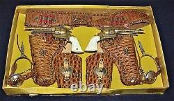Vintage Deluxe Presentation Set Of Gene Autry Guns And Gear In Original Box