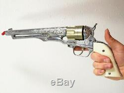 Vintage HUBLEY COLT. 45 TOY CAP GUN With BULLETS Cowboy Western Costume VERY NICE