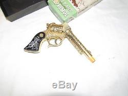 Vintage Hopalong Cassisdy Gold Plated Cap Gun By Wyandotte Unused Original Box