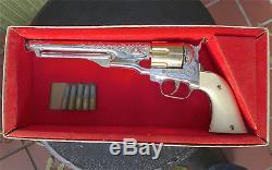 Vintage Hubley No. 281 Colt 45 Cap Gun Toy Pistol with Original box