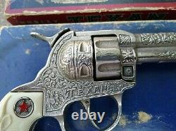 Vintage Hubley. The Texan 50-Shot Repeating Pistol Toy Cap Gun with box