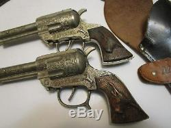 Vintage Leslie Henry Maverick Dual Cap Guns With Metal Grips & Maverick Holster
