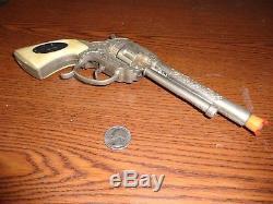 Vintage Leslie Henry Paladin Nickel Plated Diecast Repeater Toy Cap Gun c. 1960