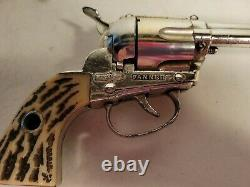 Vintage Mattel Fanner Shootin Shell Cap Gun With 8 Bullets 12 tips Works
