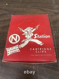 Vintage Nichols Stallion 32/38 Display Box Cartridge Clips/Cap gun bullets Full