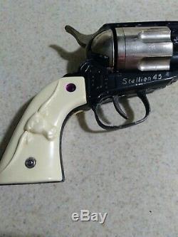 Vintage Nichols Stallion 45 Cap Gun Pistol Six Shooter Cap Pistol Original Box