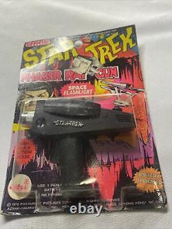 Vintage Official Star Trek Phaser Ray Toy Gun Battery Operated AHI 1976 NOC