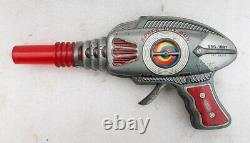 Vintage Old TT Mark Fire Sparkling Space Ray Gun Litho Tin Toy Japan Working