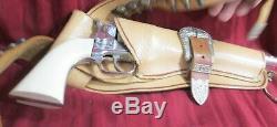 Vintage Original Hubly Colt 45 Revolver 281 Cap Gun Toy Pistol Bullets Diecast