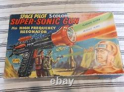 Vintage Space Pilot 3 Colour Super-sonic Gun With Original Box