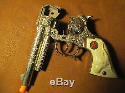Vintage Texas Jr. Toy Cap Gun by Hubley Die-Cast push button near mint condition