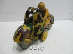 Vintage Tin Motorcycle Wind-Up Tested Works With Sparking Gun Made In Japan KT