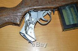 Vintage Topper Johnny Eagle Lieutenant Toy Cap Gun Rifle 1965 With Clip & Strap