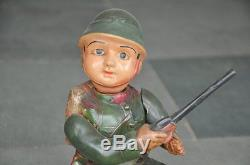 Vintage Wind Up MT Trademark Military/Army Soldier With Gun Celluloid Toy, Japan