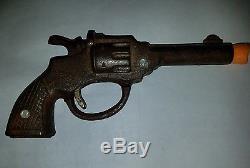 Vintage cast iron cap gun Rare English Dandy