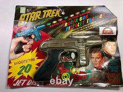 Vintage sealed 1966 NBC Star Trek Tracer Gun Shoots 20 Disc RAPID FIRE Grand Toy