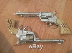 Vtg Mattel Shootin Shell Fanner With Dura-Hyde Holster And Guns Belt Toy
